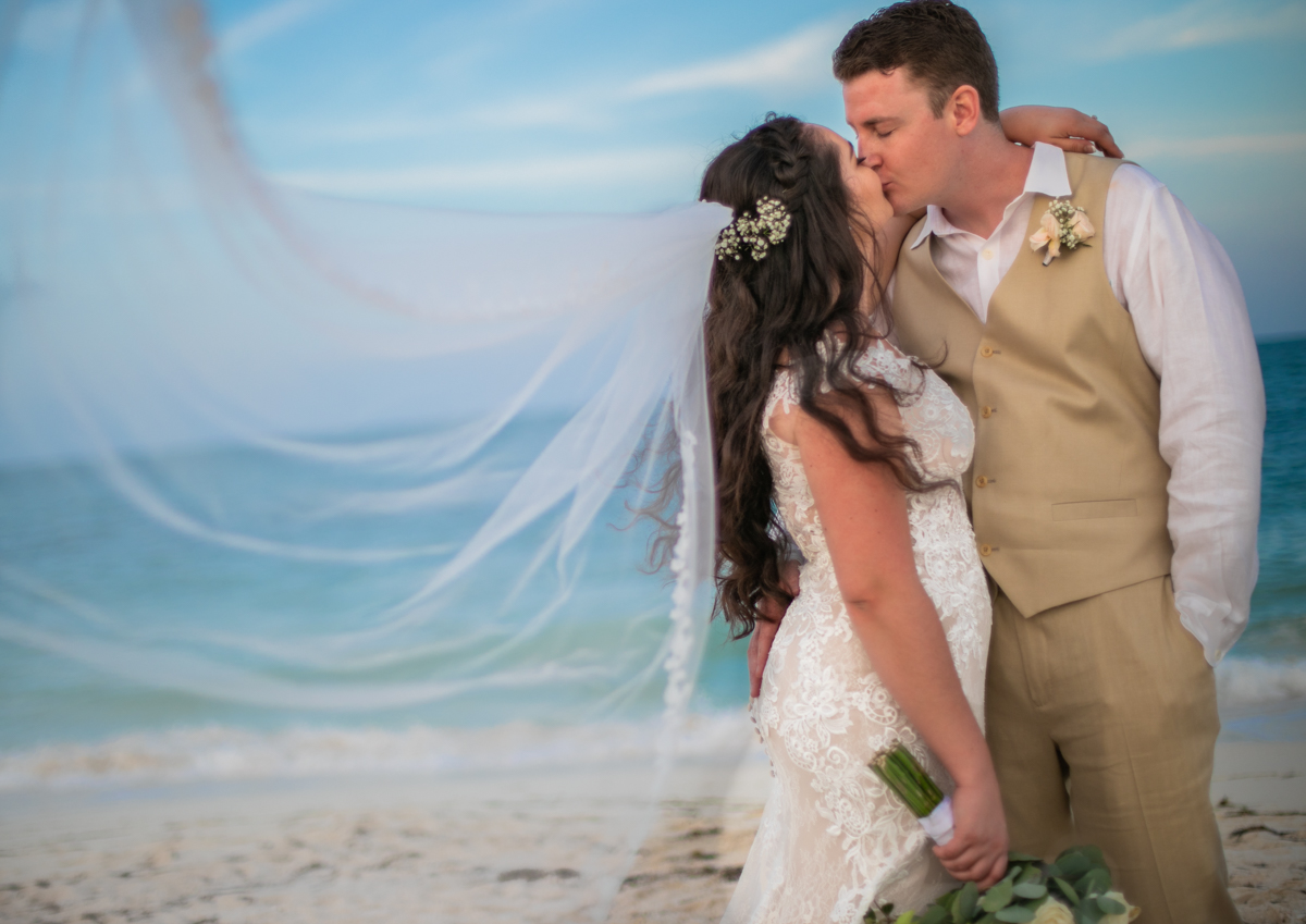 Lauren Adam Dreams Playa Mujeres Wedding 3 - Lauren & Adam - Dreams Playa Mujeres