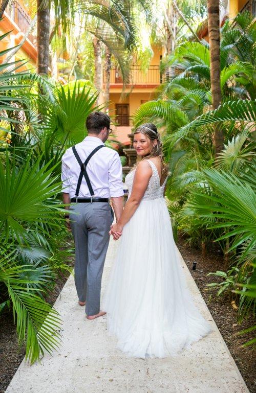 Shelby Josh Sandos Playacar Playa del Carmen Wedding 13 500x769 - Shelby & Josh - Sandos Playacar