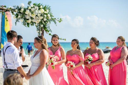 Shelby Josh Sandos Playacar Playa del Carmen Wedding.01 12 500x333 - Shelby & Josh - Sandos Playacar