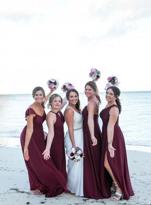 Beth Rob Margaritaville Island Reserve Riviera Cancun Wedding 31 500x681 - Beth & Rob - Margaritaville Island Reserve