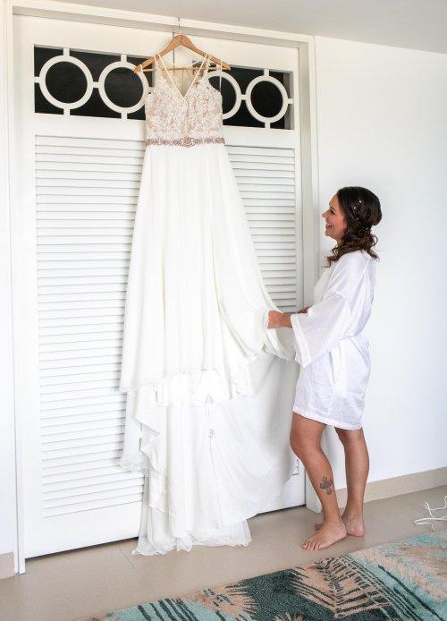 Beth Rob Margaritaville Island Reserve Riviera Cancun Wedding 9 500x694 - Beth & Rob - Margaritaville Island Reserve